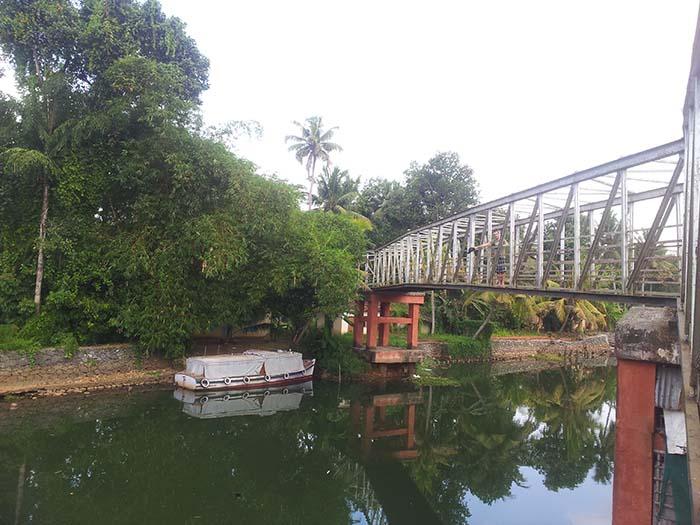 Backwaters-Alleppey-en-Kerala-39