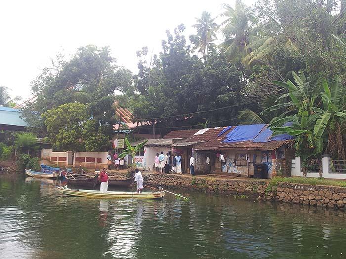 Backwaters-Alleppey-en-Kerala-47