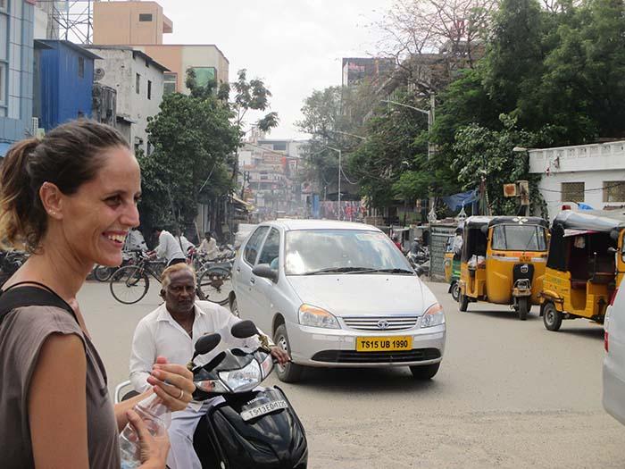 Tráfico-en-Hyderabad-Viviendoporelmundo-27